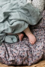 Плед бамбуковый Elodie Details bamboo muslin blanket, цвет Mineral Green